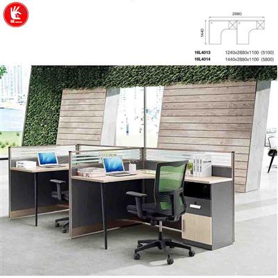 Bàn nhân viên cụm 1 dễ kết nối thành dãy bàn